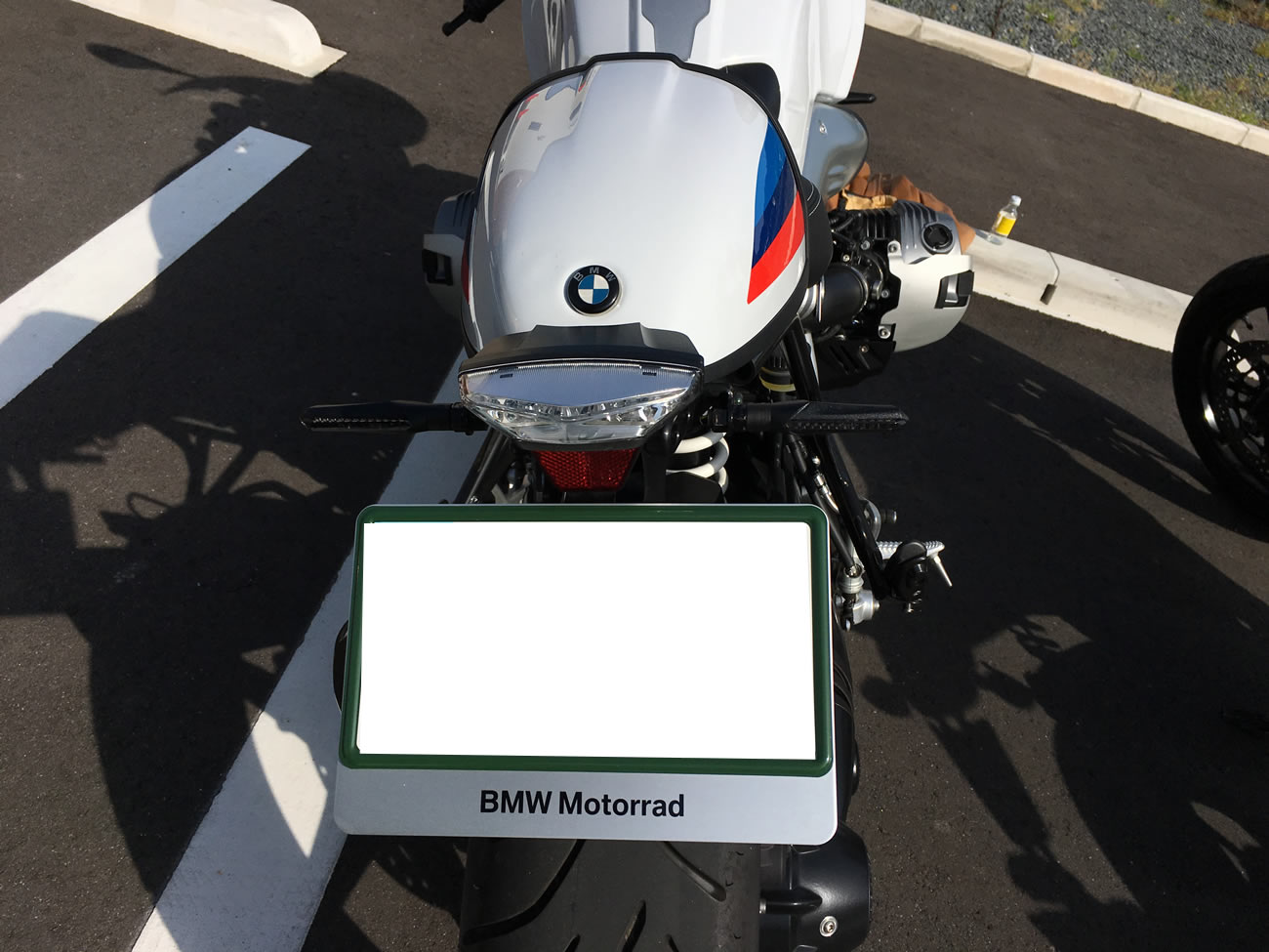 R nineT racer(BMW)のACTIVフェンダーレスキット