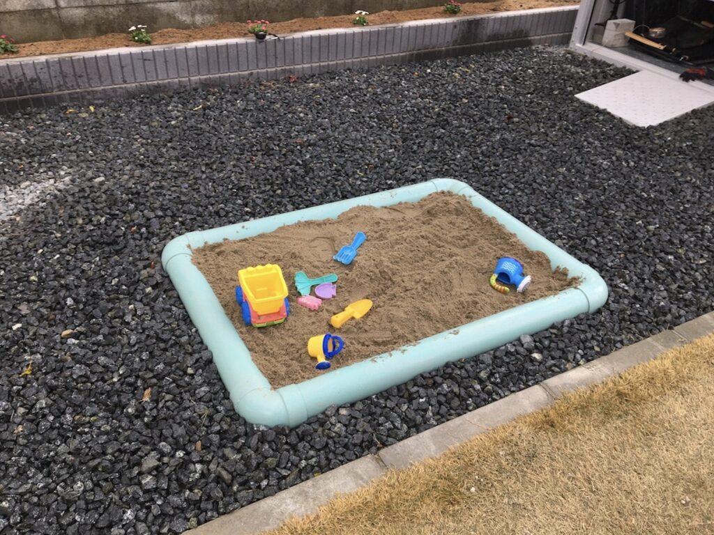 塩ビパイプによる砂場DIYが完成