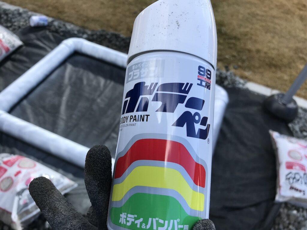 サフで塗装します。