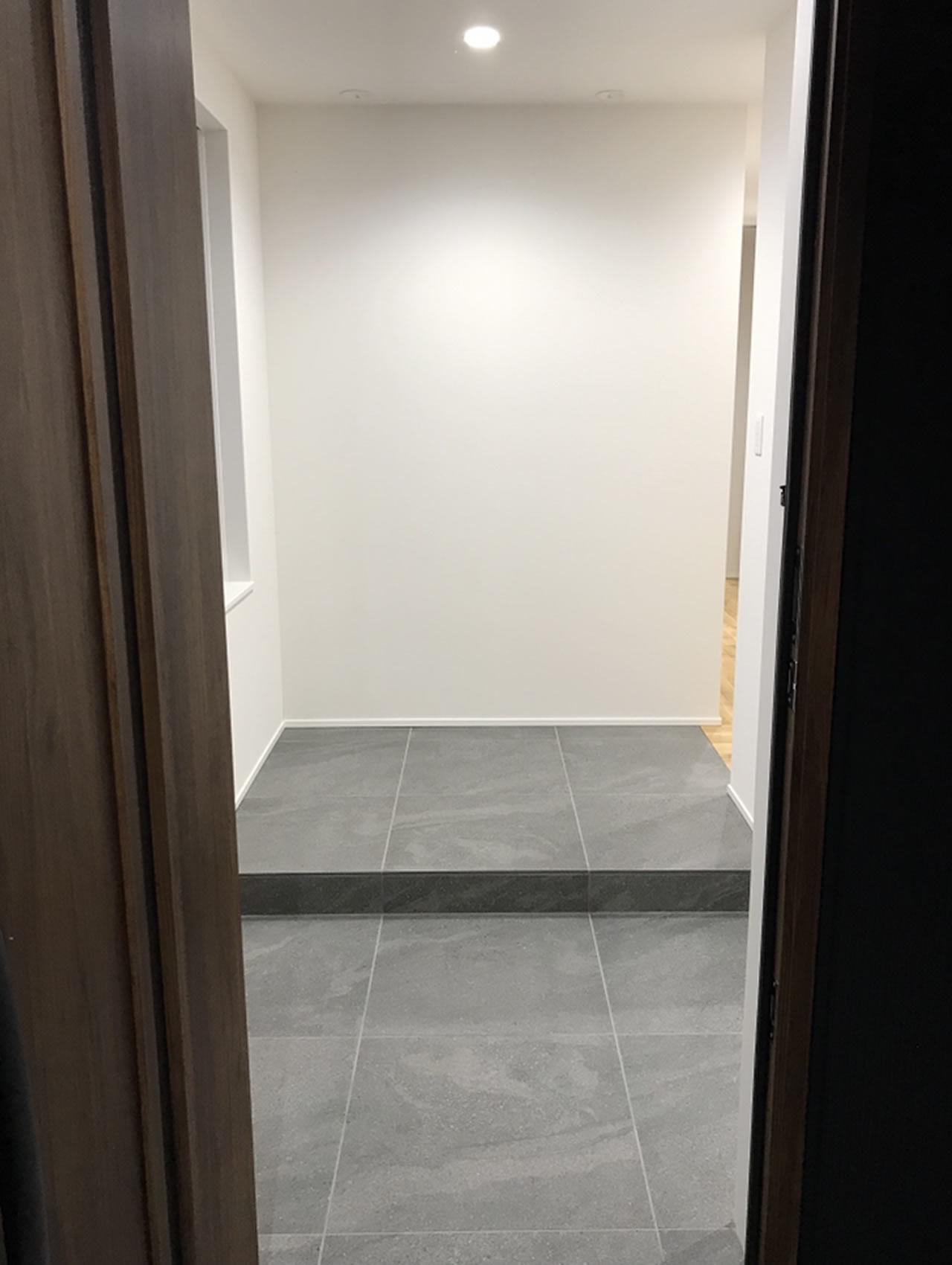 完成した玄関