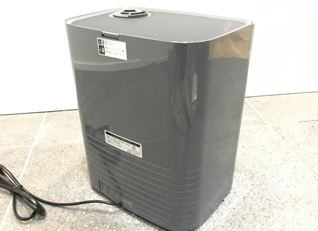 モダンデコの超音波加湿器を背面から