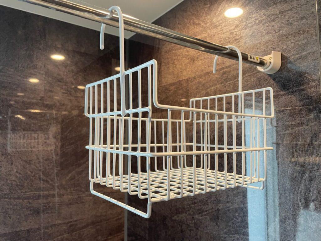 ビーワーススタイルのお風呂用カゴの斜めみがからのおしゃれデザイン