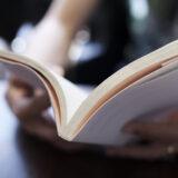 独学でアフィエイトを学ぶのにおすすめの教則本を教えてください!一生稼げる王道が学べる書籍が希望です。
