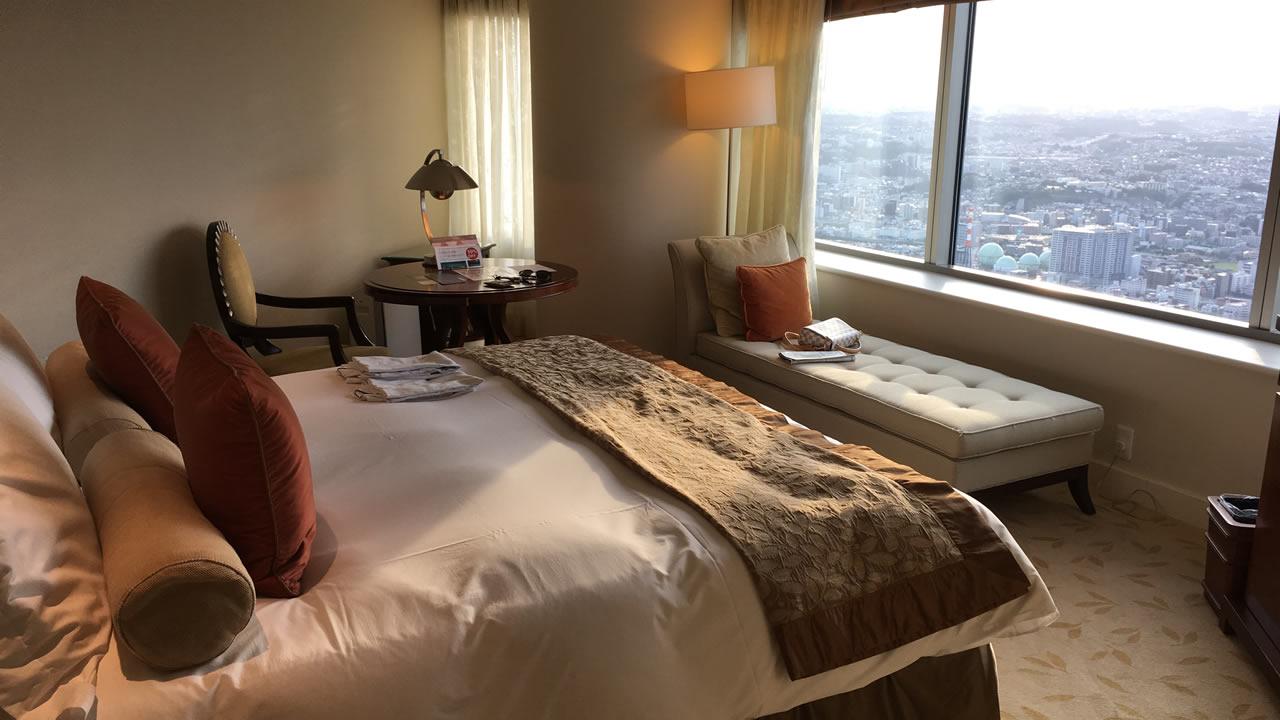 ロイヤルパークホテルんもベッド