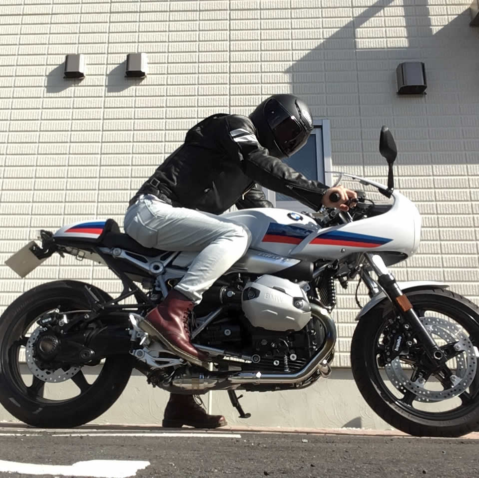R nine T racer(BMWのカフェレーサー )のインプレ