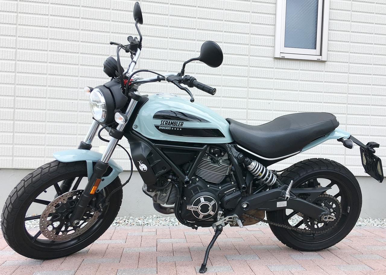ドゥカティ・スクランブラーsixty2(400cc)は横から見るとめっちゃオシャレ