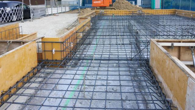 基礎コンクリート工事がスタート!施工主としてチェックする戸建住宅の基礎工事のポイントとは?